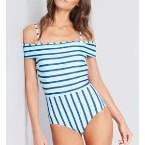 ModCloth swimsuit never worn
